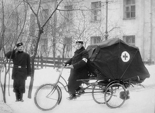 Вело карета скорой помощи