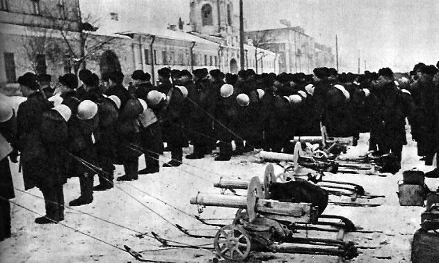 Морская пехота прибыла на защиту столицы