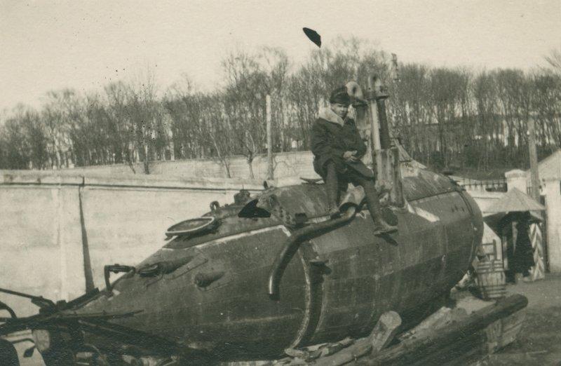Старая подводная лодка