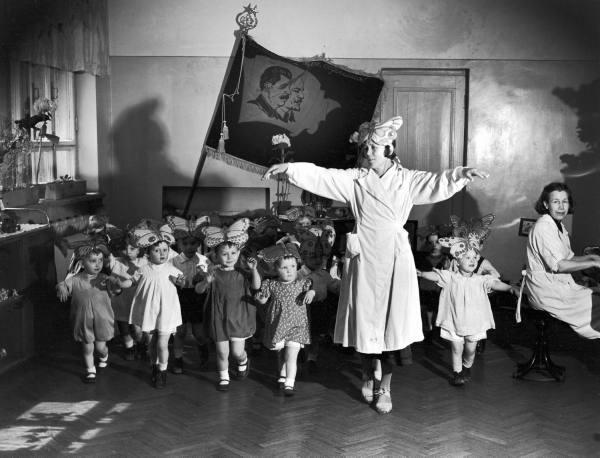 Репетиция танца в детском саду