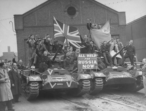 Отправка Англией танков в СССР по ленд-лизу