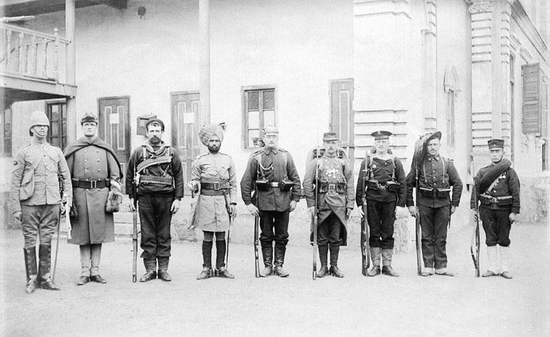Коалиционные войска после штурма Пекина